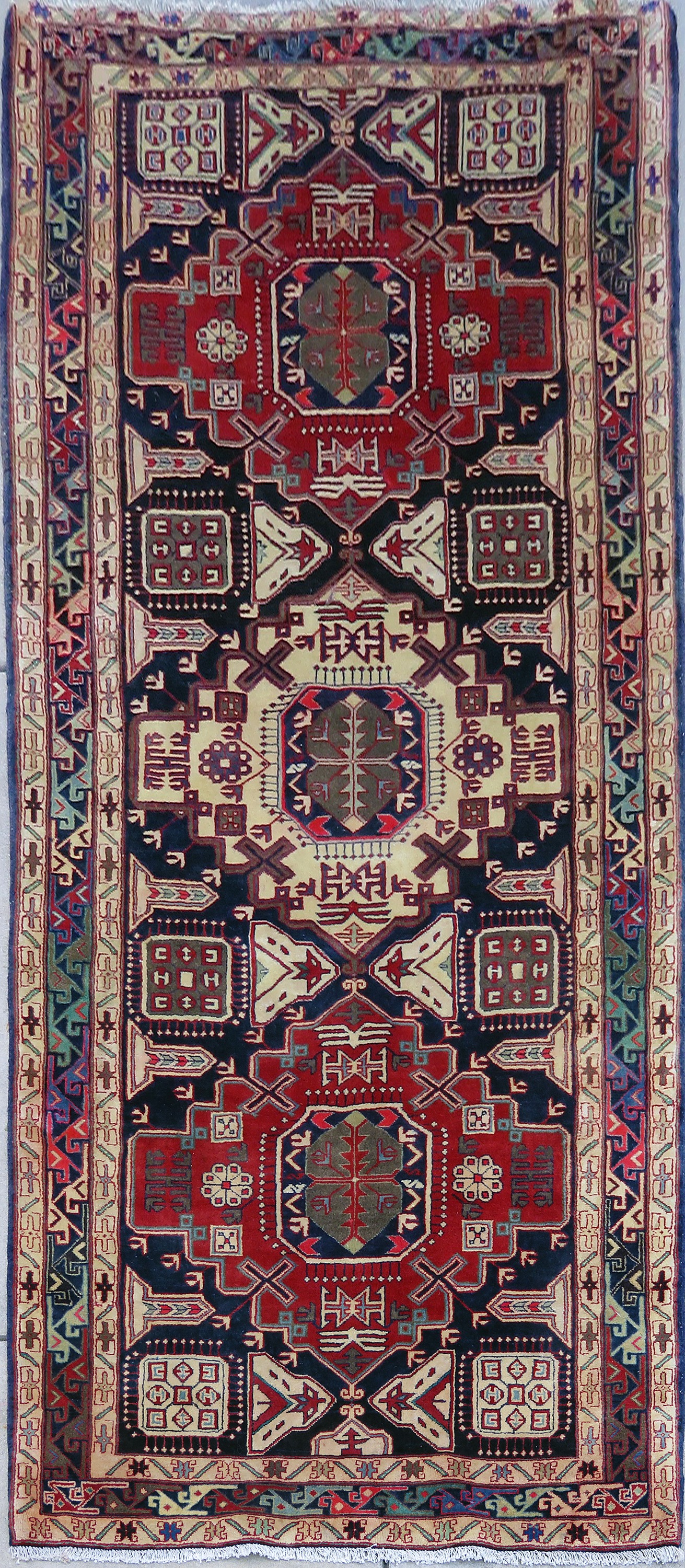 Kurdish Carpet 18-000