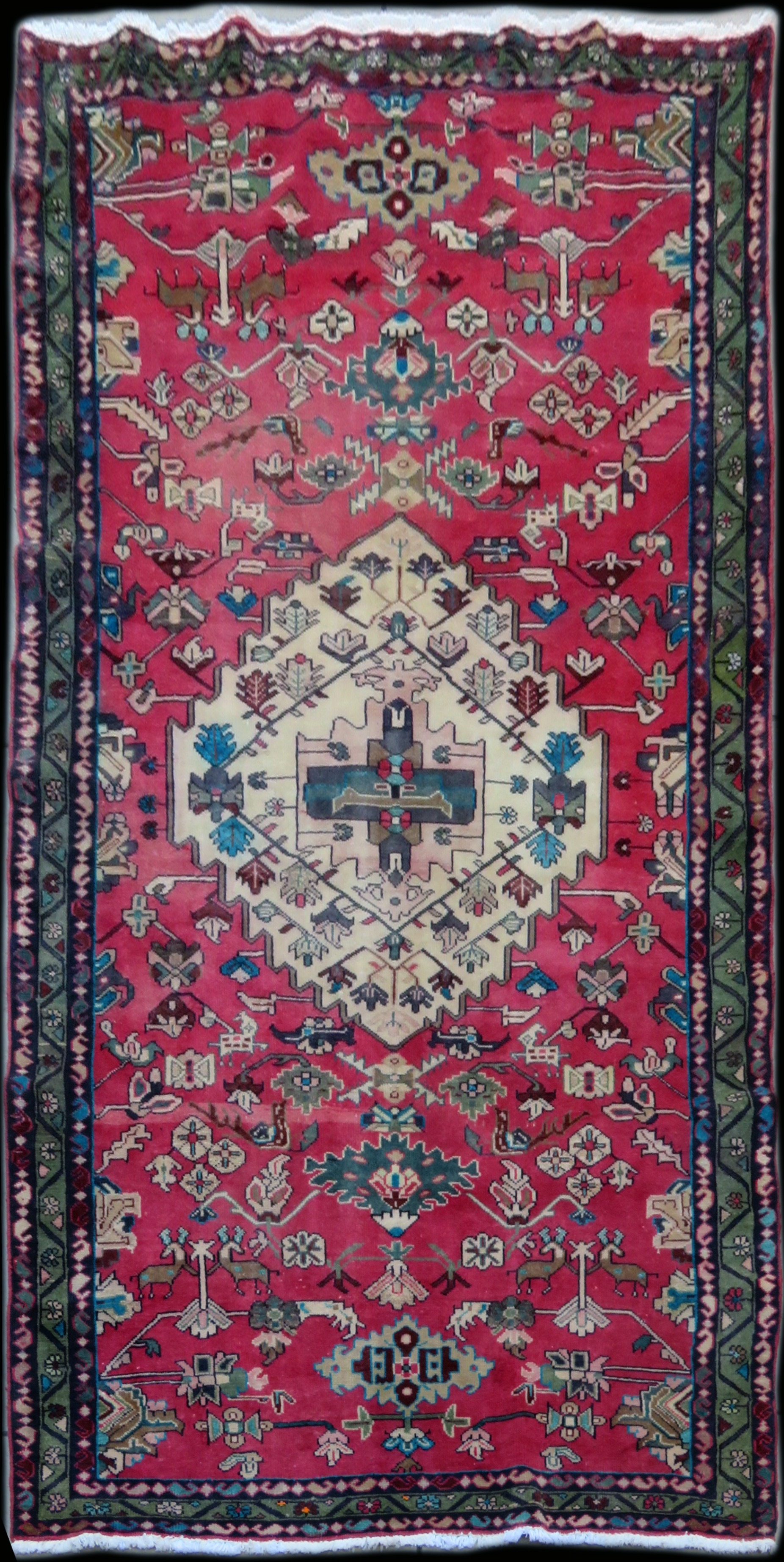 Bakhtiari Traditional Carpet W010