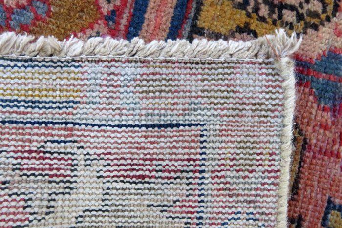 Vintage Hand-Knotted Baktiri Heriz Rug